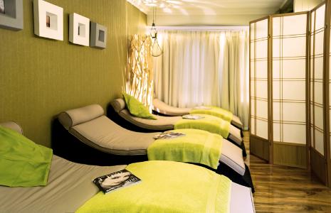 39 refresh me 39 weekend spa day package stradey park hotel. Black Bedroom Furniture Sets. Home Design Ideas
